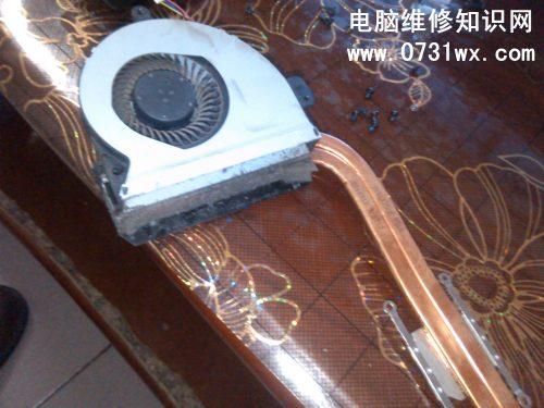 华硕k43s笔记本拆机清洁图解